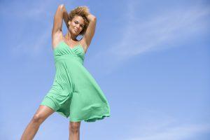 woman outside - body contour